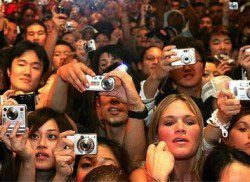 NYT - crowdsourcing social media editor communication