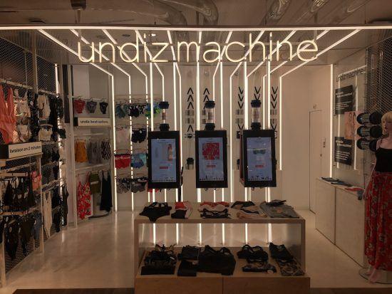 Undiz Machine Etam Champs Elysees